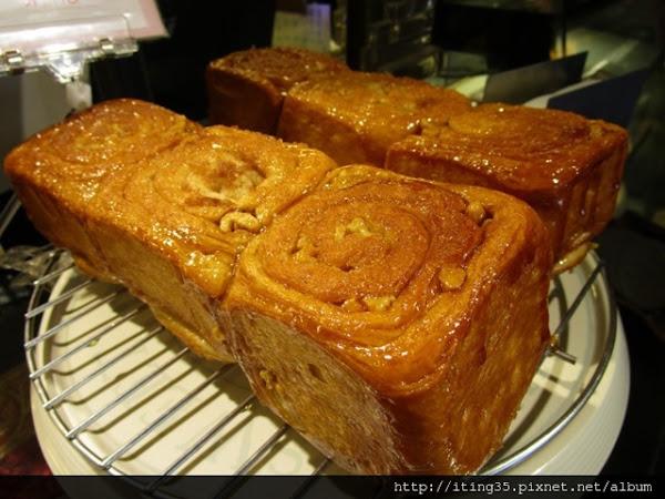 吃了會想念的肉桂捲~葉名晴麵包廚房