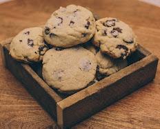 Gluten-Free Dark Chocolate with Sea Salt Cookies