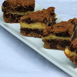 Chocolate Chip Cookie Cheesecake Bars