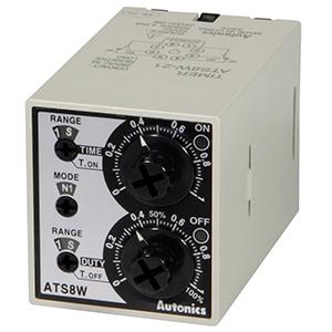 ATS8W-41 Сдвоенный аналоговый таймер в компактоном корпусе, 8-контактный штекер, размер 38x42x75,5мм, Питание универсальное 100-240VAC/24-240VDC, Интервал времени 0,1-1ч, 1-10ч, Режим работы - Запуск