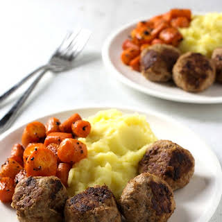 Meatballs with Mashed Potatoes and Carrots.