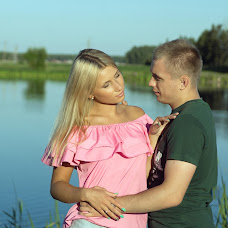 Wedding photographer Viktor Basharimov (bvik66). Photo of 24.08.2015
