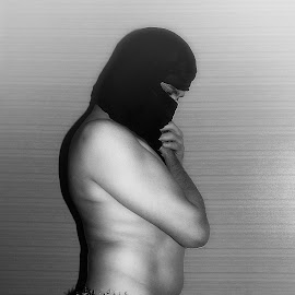 by Ukri Manu - Nudes & Boudoir Artistic Nude ( man, nude, body )