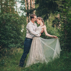 Wedding photographer Nastya Komarova (sickfancy). Photo of 19.11.2017