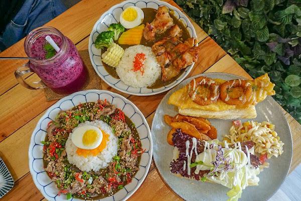 Come Com 咖哩&三明治食べ物|隱藏在鳳山巷弄裡的咖哩輕食!