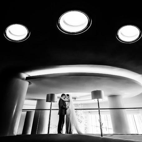 Wedding photographer Dmytro Sobokar (sobokar). Photo of 17.12.2017