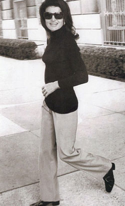 Jackie O heads out for a stroll.