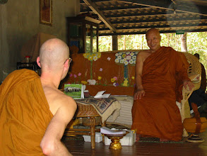 Photo: Talking to Ajahn Mitsuo Gavesako (Japanese disciple of Ajahn Chah)