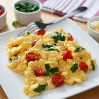 Fluffy Scrambled Eggs-Italian Style