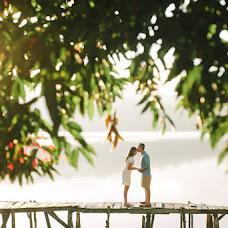 Wedding photographer Komang Frediana (duasudutphotogr). Photo of 20.06.2016