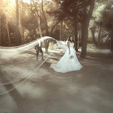 Wedding photographer Spyros Mouzakitis (spyrosmz). Photo of 17.09.2017