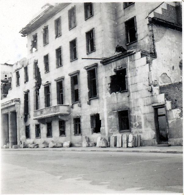 Photo: Reichs Chancellery from WilhelmStrasse, Berlin, Sept 1946