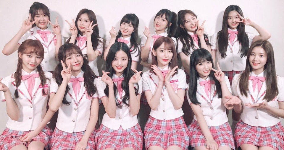 IZ+ONE Group Picture