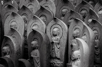 Photo: Small statues placed around a shrine in Chiba Prefecture