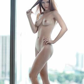 Lynette by Crispin Lee - Nudes & Boudoir Artistic Nude