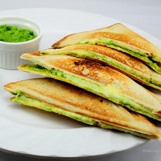 Mint Chutney and Cheese Sandwiches (Pudina Chutney Sandwich Recipe)