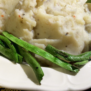 Rich & Creamy Vegan Mashed Potatoes with Oven Roasted Green Beans