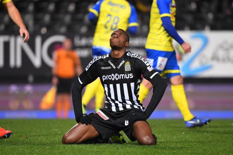 Victor Osimhen reste à Charleroi cet hiver, mais va rapporter un énorme montant l'été prochain