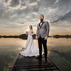 Wedding photographer Oleg Kostin (studio1). Photo of 03.04.2018