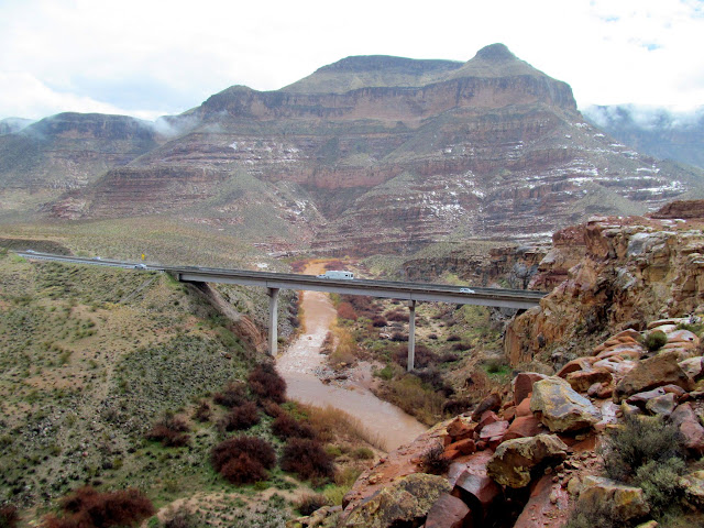I-15 over the Virgin