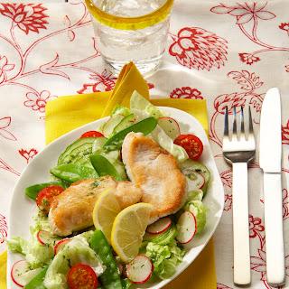 Gartensalat mit kleinen Zitronen-Schnitzelchen