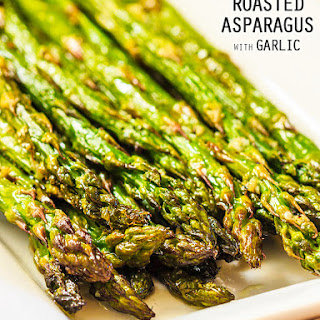 Super Simple Roasted Asparagus with Garlic.