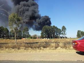 Photo: Andauernd brennt irgendwo das Buschland, weiss der Kuckkuck warum die das andauernd anzünden. Absichtlich oder aus versehen...