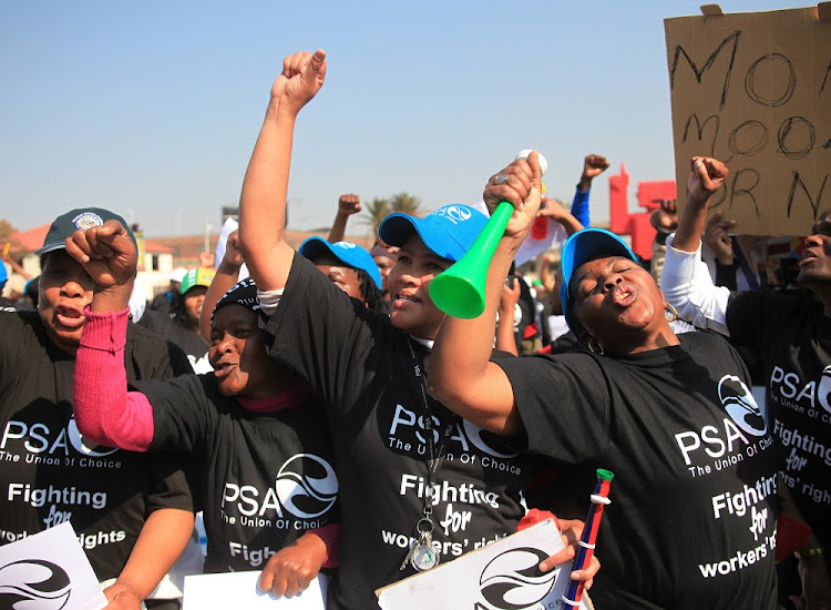Public Servants Association members demand higher wages during a march in Johannesburg. Picture: SIMPHIWE NKWALI