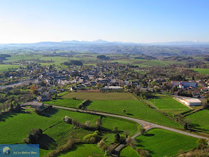 Photo: Saint-Gervais d'Auvergne, looking towards Chaîne des Puys
