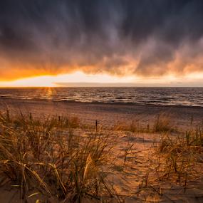 by Robert  Płóciennik - Uncategorized All Uncategorized ( sunset )