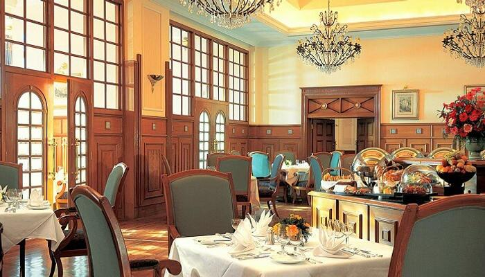 Cecil Restaurant iyaatra holidays