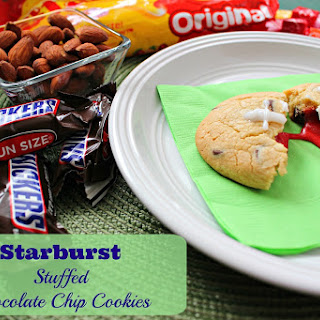 Starburst Stuffed Chocolate Chip Cookies Recipe - #BigGameTreats
