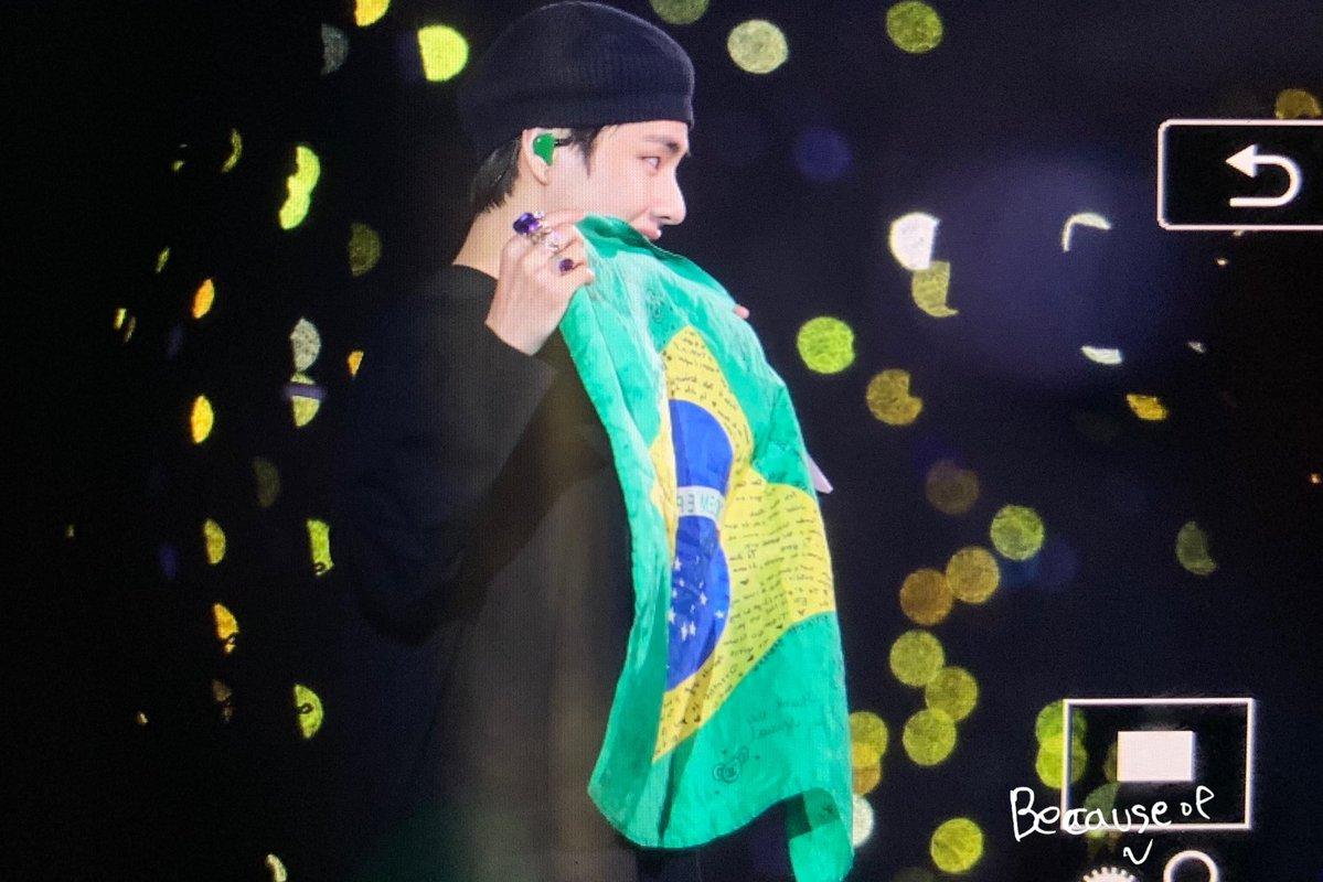 BTS V в Бразилии 6