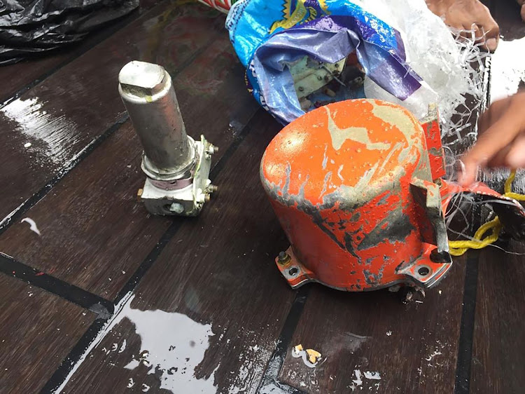 The second black box from Lion Air flight 610 that crashed in October 2018, after it was discovered at sea off the coast of Karawang, Indonesia. Picture: HANDOUT/INDONESIAN NAVY TNI-AL/AFP