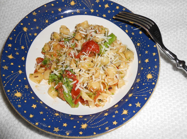 Ellen's Broccoli Pasta With Creamy Tomato Sauce Recipe