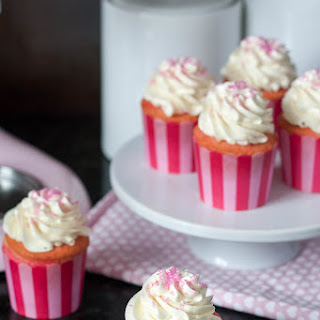 Pink Ombre Swirl Cupcakes #10000Cupcakes.
