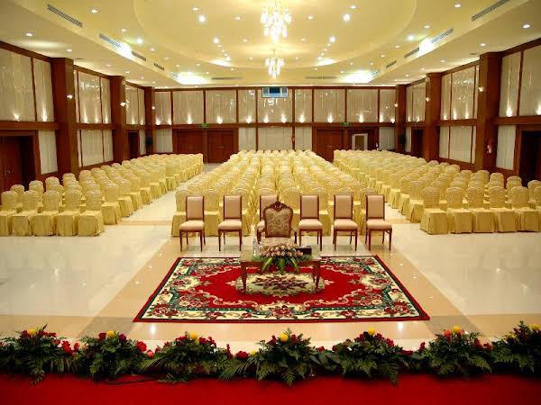 Independence Hotel Resort & Spa