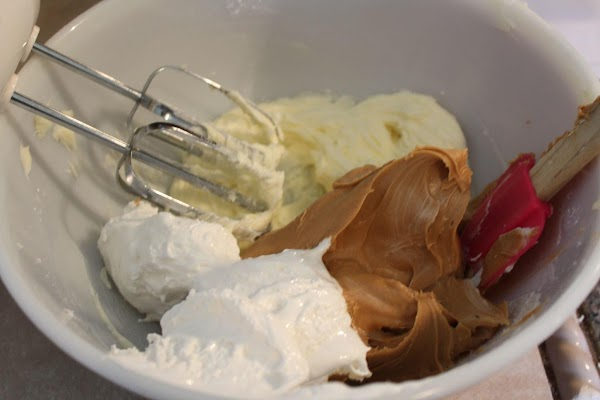 Add the peanut butter, marshmallow fluff, 1/3 cup of the peanuts, and the vanilla....