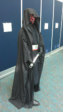 Photo: Floor - Darth Maul crossplay. I asked to take her picture and she only nodded. She didn't say a word to me, which was CREEPY!