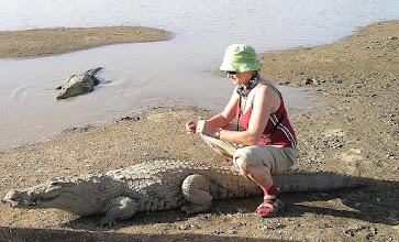 Photo: To się nazywa odwaga i podejście do zwierząt!Nawet krokodyle Tobie niegroźne;)