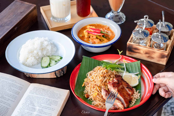 炎熱夏日,傳統泰料配泰奶,不出國也能很泰味-帕泰 padthai