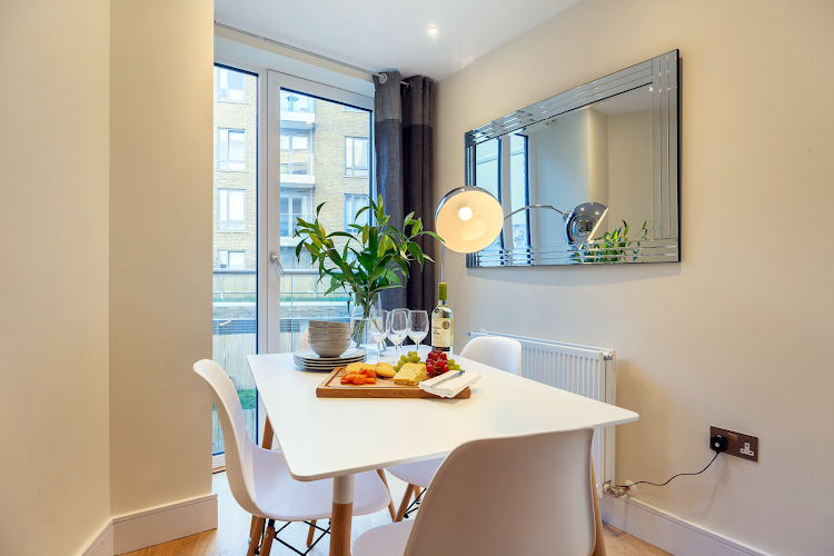 Dining space at Canary Gateway Apartments, Canary Wharf