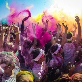 {Color In Action} by Sarah King - News & Events Entertainment ( color run 2013,  )
