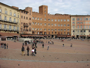 Photo: The Plaza Il Campo in Siena.