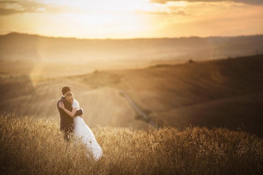 Wedding photographer Fabio Mirulla (fabiomirulla). Photo of 26.11.2014