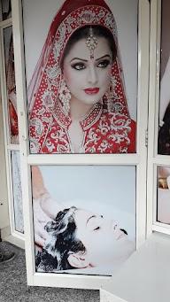 New Look Beauty Parlour photo 1