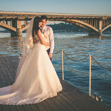 Wedding photographer Nataliya Pushkina (fotodrug). Photo of 15.11.2016