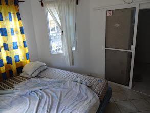 Photo: Kus našeho prvního pokoje v hostelu v Playa del Carmen. A nemusel jsem se starat o to, kdo se mnou bude spát večer v posteli - byl to Halvík :)