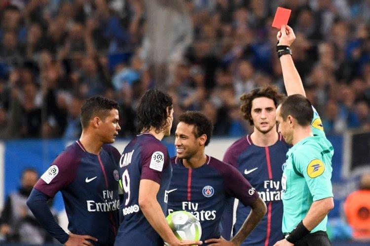 """L'exclusion de Neymar fait débat: """"Protéger les joueurs importants"""""""