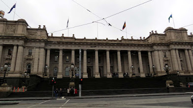 Photo: Melbourne - Spring St. , Parliament House